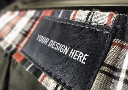 Мокап этикетки для одежды
