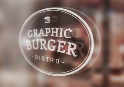 Мокап логотипа на стекле