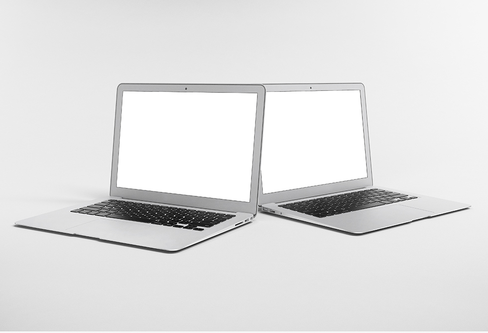 collection-5-mock-up-5-macbook-air