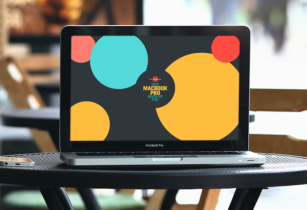 free-macbook-pro-mock-up-psd