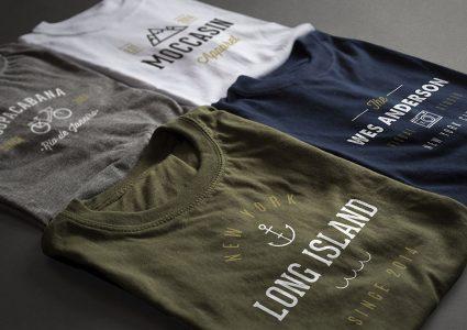 Мокап сложенных футболок