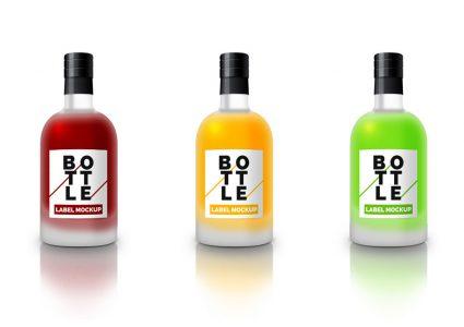 Мокап цветных бутылок